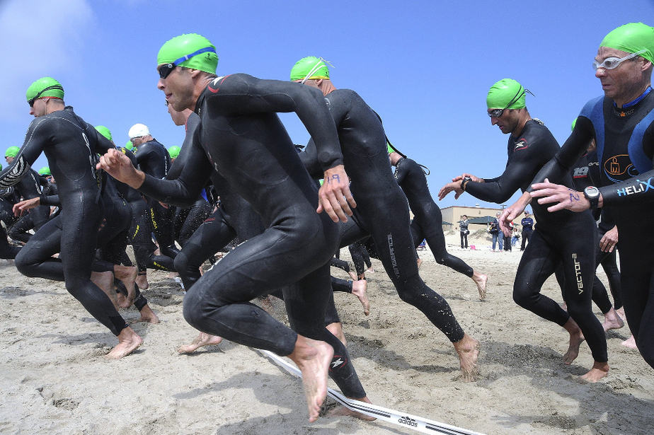 what you should know about wetsuits