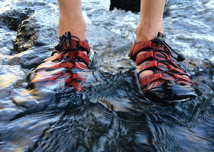 Best Water Shoes for Snorkeling Review